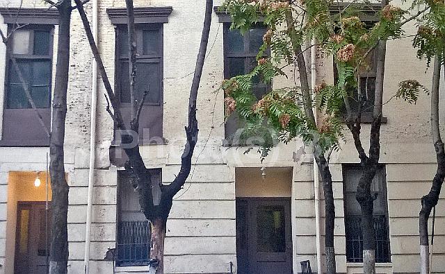 "Jeff Glovsky (Photo By) - ""Autumn in NY"""