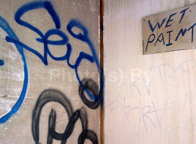 "Photo(s) by Jglo - ""Tagged 'Wet Paint'"""