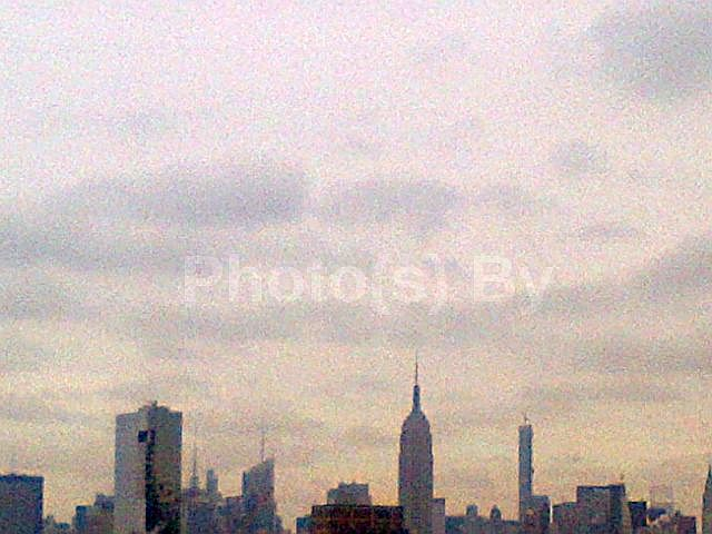 "Photo(s) by Jglo - ""Grey(t) Skyline"""