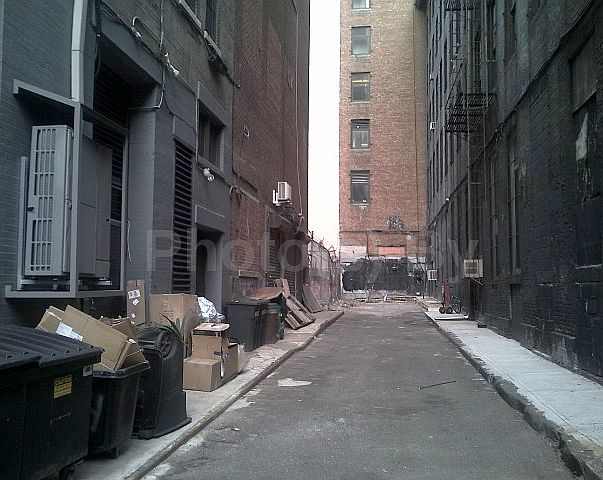 """Photo(s) by Jglo - """"B(l)ack Alley"""""""