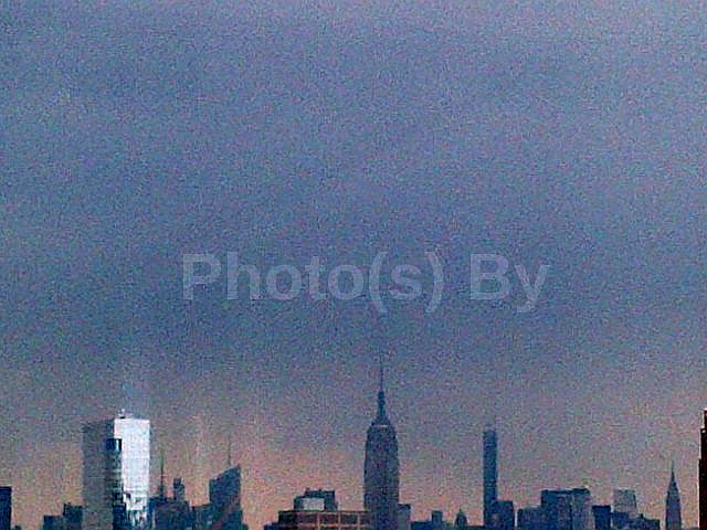 Photo(s) by Jglo - 'Grey(t) Skyline' 2