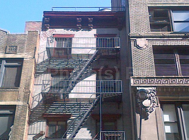 "Photo(s) by Jglo - ""City Dwelling"""