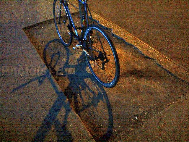 "Photo(s) by Jglo - ""Street, Bike"""